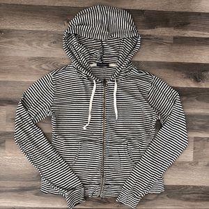 Brandy Melville Striped Zip Up Sweater 🖤☁️